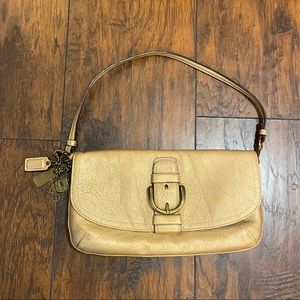 Coach Wristlet Gold Leather Snap Buckle Purse